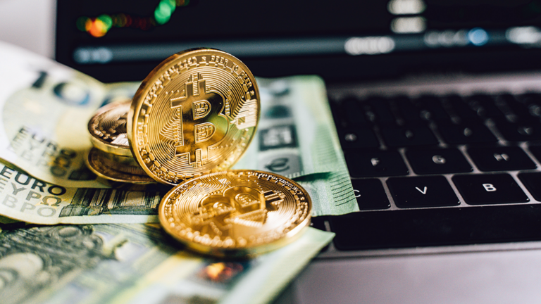 Whos-next-to-make-cryptocurrency-legal-tender